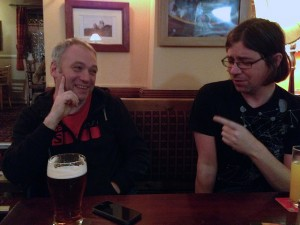 I suspect that this is David Kernohan on the right with Martin Weller (the pint is a giveaway)