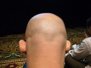 I believe this is a picture of the back of Clay Shirky's head. I'll leave it to you to find a picture from the front.
